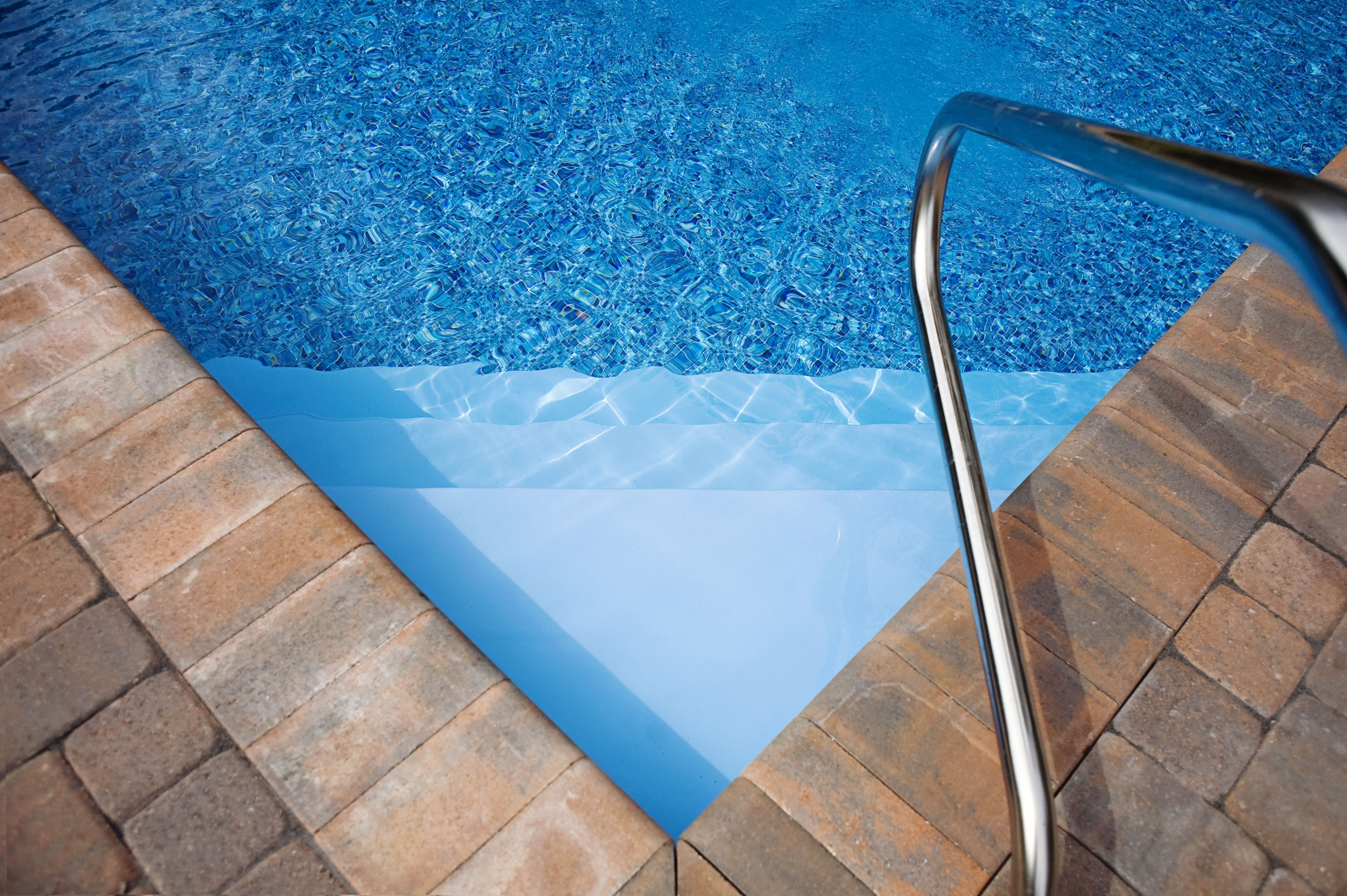 Cape Cod paver Coping decking